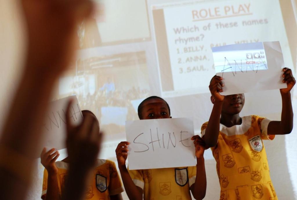gemsedsolutions-profesores a distancia llevan la educación a comunidades desfavorecidas